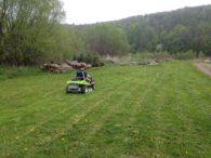 Efekt pracy naszej karczownicy po skoszeniu mokrej i gęstej trawy