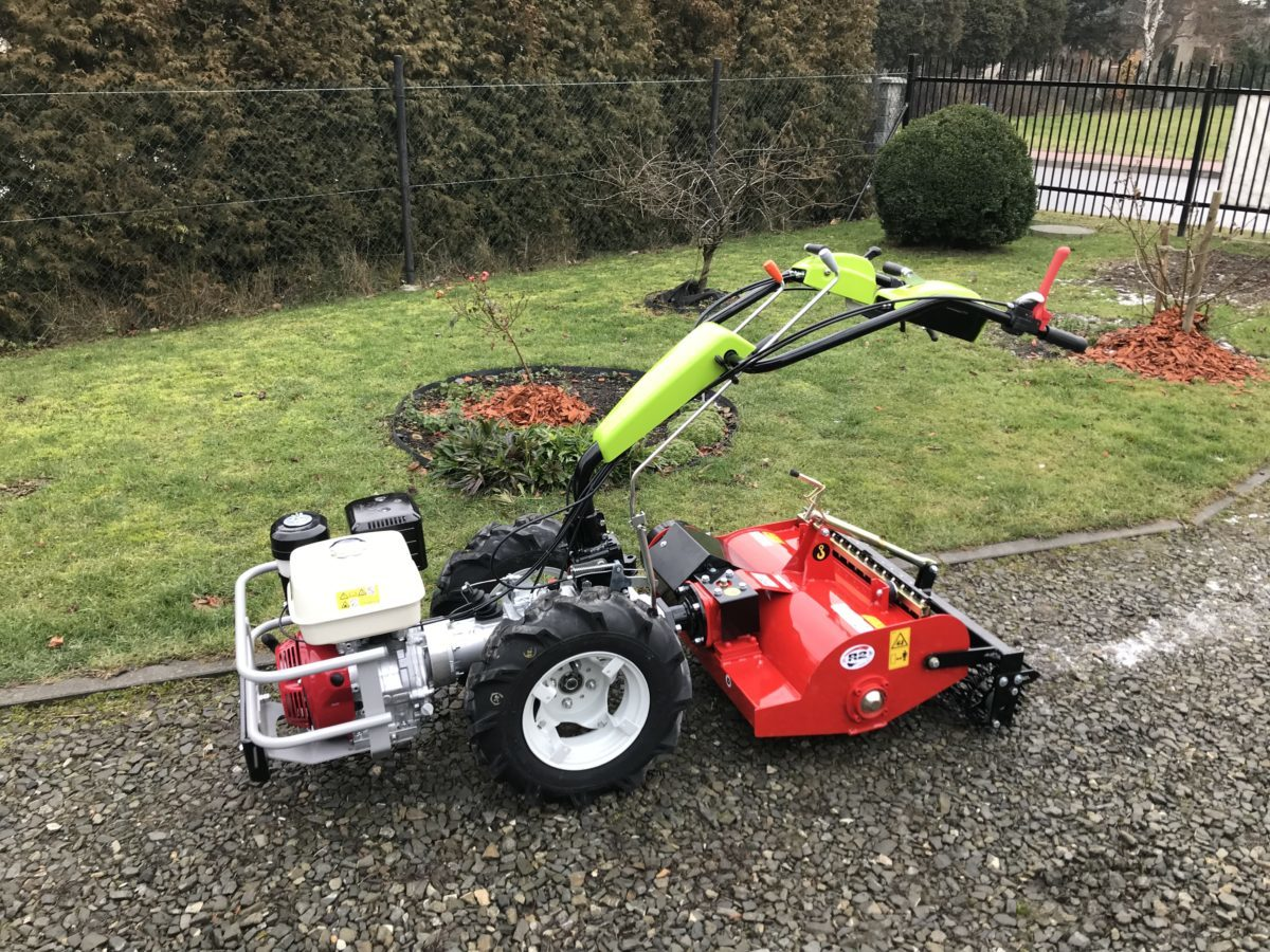 Traktorek Grillo G 110 z glebogryzarką separacyjną